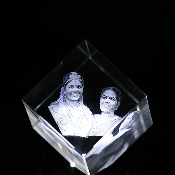 Cube-Crystal-70x70x70